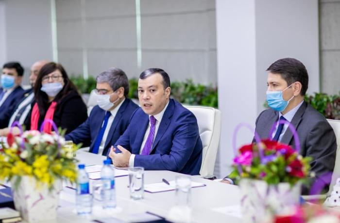 Nazir Sahil Babayev İctimai şuranın yeni tərkibdə üzvləri ilə görüşüb – FOTOLAR